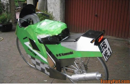[Image: FunnyPart-com-ghetto_bike.jpg]